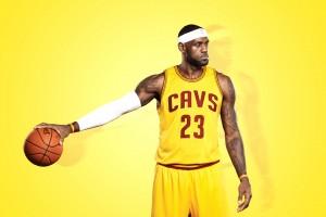 打篮球的人