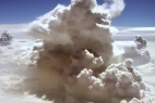 大片的云朵