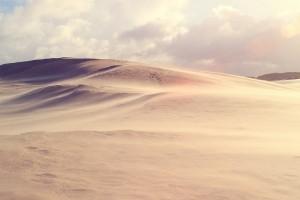 荒芜的大沙漠