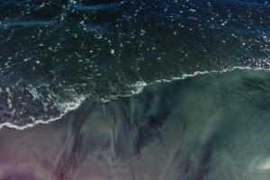 黑色的海岸
