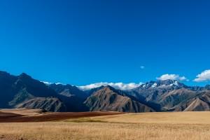 高山和白云