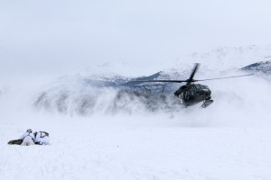 黑鹰直升机
