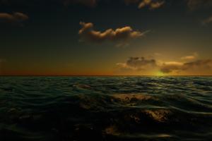 黄昏下的海洋