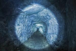洞穴里的光